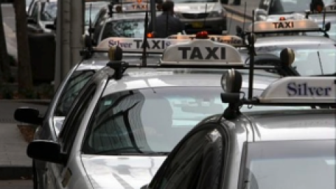 The 1 thing the Govt can do to get out of the Uber Taxi mess